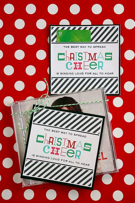 christmas cheer free gift tag bloggers best 12 days of