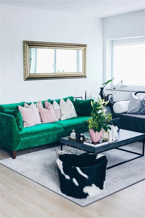 Unsere Neue Wohnzimmer-einrichtung In Grün, Grau Und Rosa