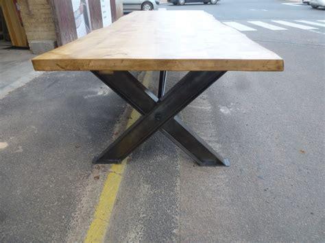 table industrielle de salle à manger pieds ipn en x