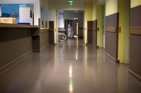 hopital chambre l 39 absentéisme gangrène fortement l 39 hôpital