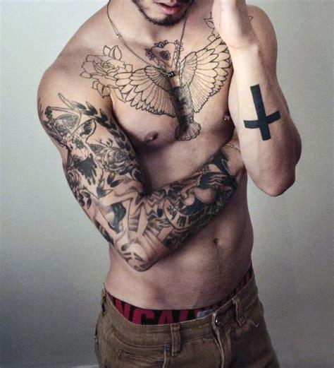 top   cross tattoos  men photo ideas  designs