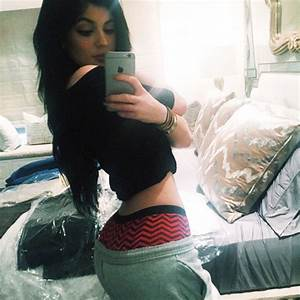 Kylie Jenner's Butt: Shows Off Huge Backside In Racy Shoot ...
