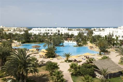 Hotel Vincci Djerba Resort 4*  Hotel Djerba Au Meilleurs. The Boutique Collection At 5 Triton Street Palm Cove. Divani Palace Acropolis Hotel. Europa Royale Hotel. African Pride Irene Country Lodge. The Golden Wheel Hotel. Neelams The Grand Hotel. Hotel Secret Garden. Mangosteen Resort & Ayurveda Spa