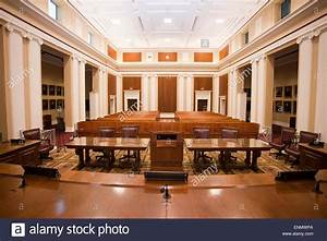 Florida Supreme Court courtroom interior Stock Photo ...