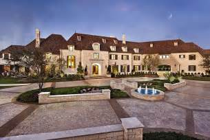 pictures of big mansions house in dallas this 10 bedroom 10 bathroom