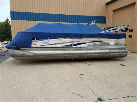 Used Bennington Pontoon Boats In Wisconsin by Used Pontoon Boats For Sale In Wisconsin Boats