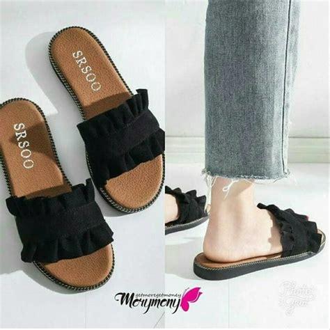 Flatshoes Hitam Gold jual sandal wanita flatshoes teplek ruffle hitam teplek