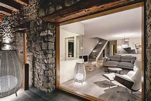 Renovación contemporánea de una casa rural en La Vedanya, España Arquitectura Ideal