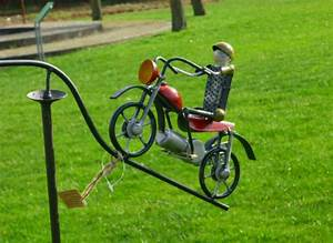 Windspiel Garten Metall : windspiel wippe gartenstecker motorrad m coolen biker u ~ Lizthompson.info Haus und Dekorationen