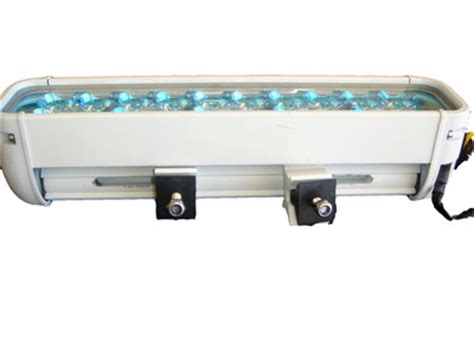led light bar 20 leds 60 watts flood pattern boat