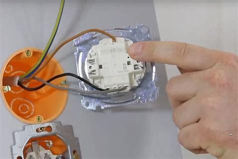 Le Anschliessen So Funktionierts by Lichtschalter Kontrollleuchte Wechseln Lichtschalter