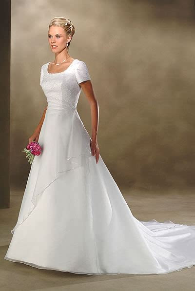 halter deep  neck informal wedding dresses ki