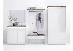 Garderobe In Wei Haloring