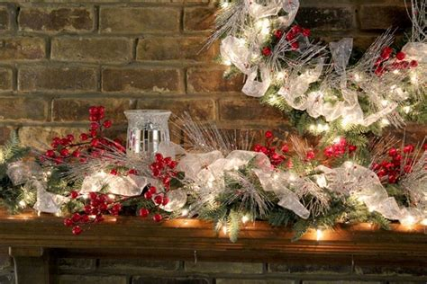 christmas mantel decor ideas festive colors  joyful mood