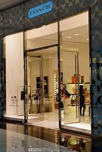 Leather goods shop picture. The Dubai mall, Dubai, United ...