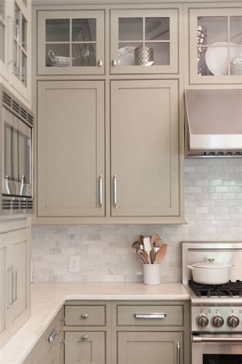 finishes for kitchen cabinets 25 best ideas about taupe kitchen cabinets on 7199