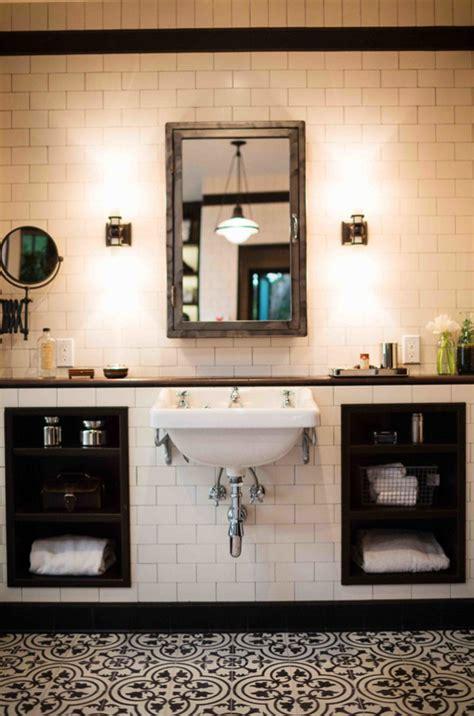 amazing black  white bathroom design   retro vibe