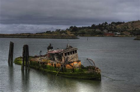 Rogue River wreck Pentax User Photo Gallery