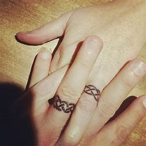 50 cool wedding ring tattoos to express their undying love With tattoo ring wedding