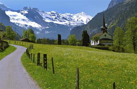 Walking holiday in The Bernese Oberland: Headwater's ...