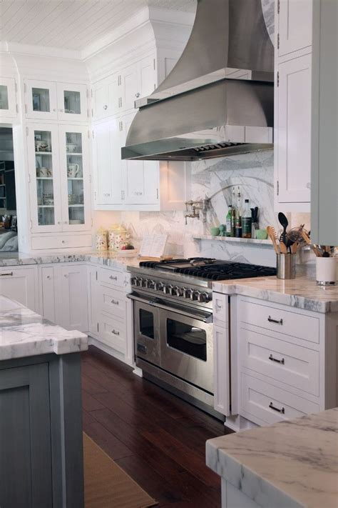 light kitchen cabinets 45 best interiors bathrooms images on 3747