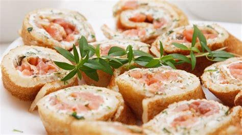 recette canapé saumon crêpes à l 39 oseille et au saumon recipe aperitif
