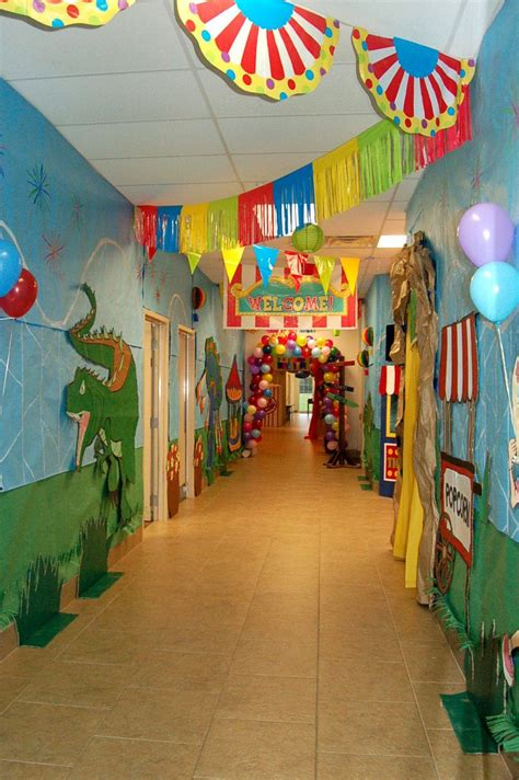 great classroom decorating ideas great hallway ideas this is what an elementary school