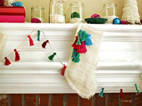 burlap christmas stocking  tos diy