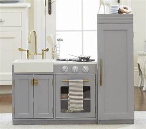 Pint-sized MDF and solid wood kitchen cabinetry: from