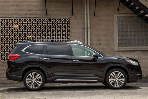 subaru ascent 2020 model 2019 subaru ascent 5 things we like and 3 not so much