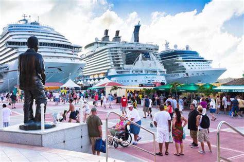 St. Martin / St. Maarten Vacation - Travel Guide