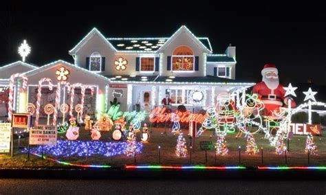 best christmas lights ever the best lights displays on island