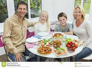 Parents Children Family Healthy Eating Salad Table Royalty ...