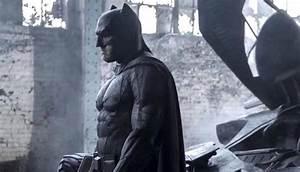 411MANIA | New Batman Still From Batman V Superman: Dawn ...
