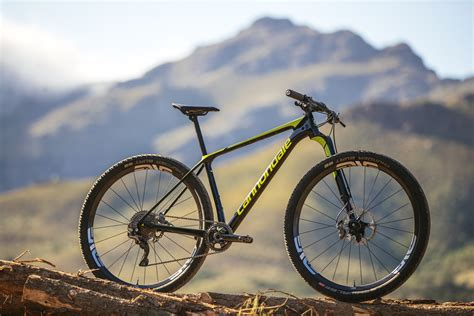 cannondale introduces new f si race hardtail bicycling cannondale goes even lighter with lefty ocho fork and f si