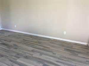 what color should i get for a living room that has light gray wa