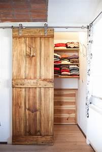 Schiebetüren Für Kleiderschrank : die besten 25 kleiderschrank massivholz ideen auf pinterest schrank massivholz schlafzimmer ~ Eleganceandgraceweddings.com Haus und Dekorationen