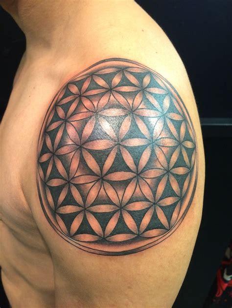geometric tattoo shoulder ideas flawssy