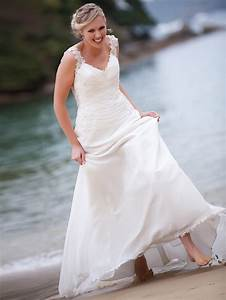 Picture Of Beautiful And Relaxed Beach Wedding Dresses