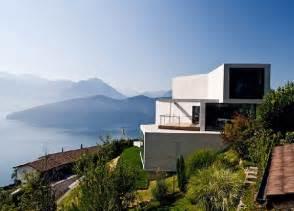 Unique Concrete House With Unique Views By Ungertreina