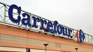 Tv Soldes Carrefour : deviens une v ritable maman carrefour pr sente ses excuses apr s une publicit pour une poup e ~ Teatrodelosmanantiales.com Idées de Décoration