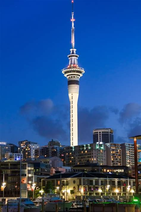 sky tower  auckland  night