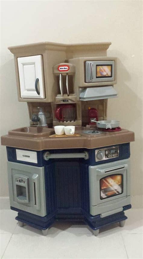 tikes chef kitchen accessories great condition tikes chef kitchen for 100 9701