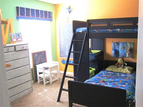 Decorating Ideas For L Shaped Bedroom by Wall Paint Color Boy Shared Bedroom Ideas L Shape