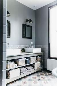 rangement salle de bain bien pense par les pro cote maison With idee couleur peinture toilette 10 video bien eclairer une salle de bains sur deco fr