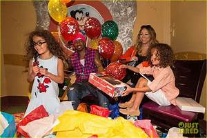 Mariah Carey & Nick Cannon Reunite at Disney for Moroccan ...