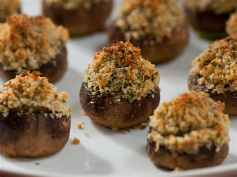 11 Stuffed Mushroom Recipes for Thanksgiving ...