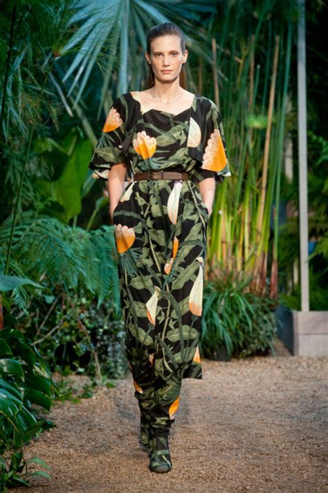 safari inspired runway shows hermes spring