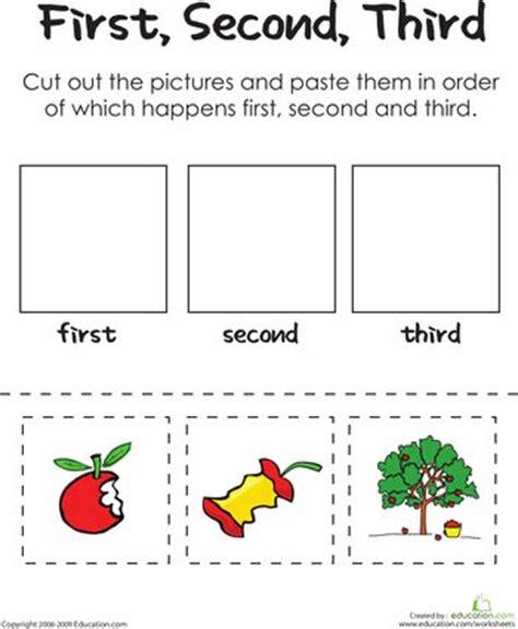 apple  day kindergarten