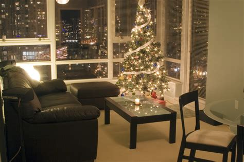 condo  restrictions  decorating  christmas